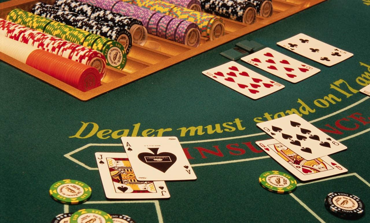 VIP Blackjack Masaları ve Lobileri - Elit Müşteri